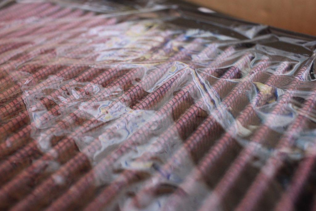 K&Nエアフィルターの表面は網目状になっている